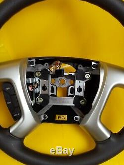 NEU + ORIG GM Chevrolet Captira Lenkrand Steering Wheel 96626527