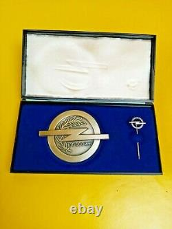 New + Original Vauxhall Badge 100000 Km Mileage
