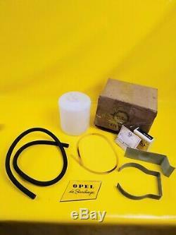 Neu + Orig Opel Universal Einbausatz Wischwasser Behälter + Halter + Leitungen